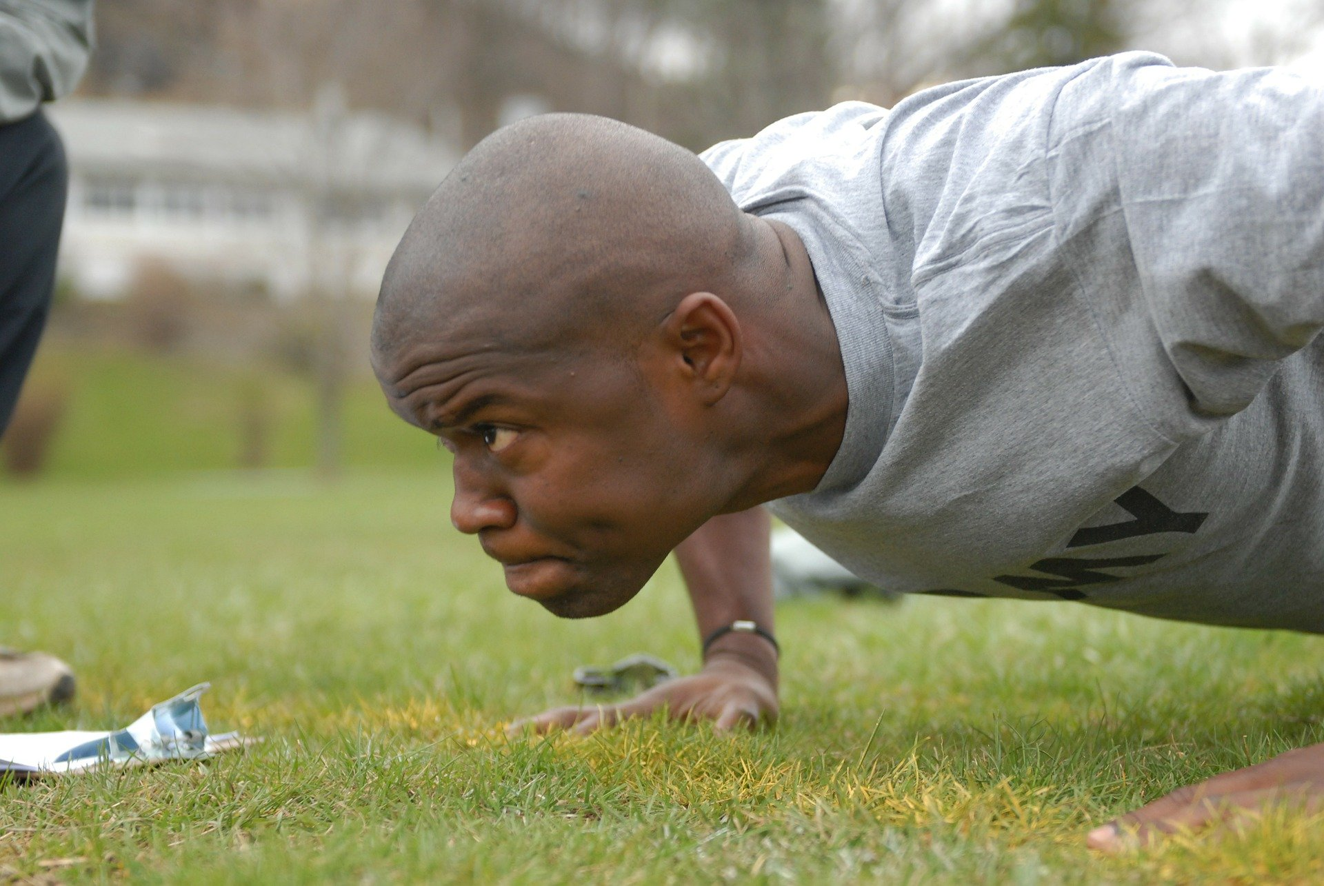 bodyweight exercises push ups fitness